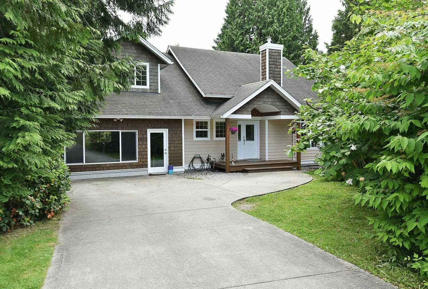 Main Photo: 1457 VERNON Drive in Gibsons: Gibsons & Area House for sale (Sunshine Coast)  : MLS®# R2593990