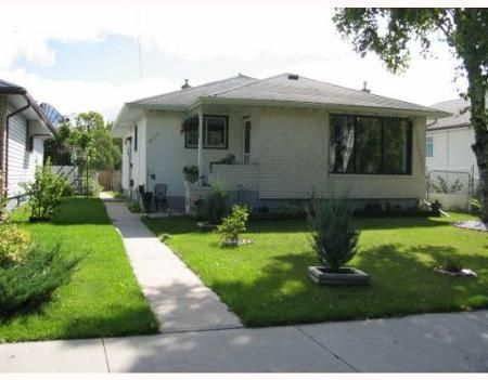 Main Photo: 675SINCLAIR ST: Residential for sale (Garden City)  : MLS®# 2906740