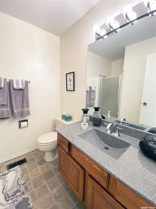 Photo 26: 39 Tufts Crescent in Outlook: Residential for sale : MLS®# SK833289