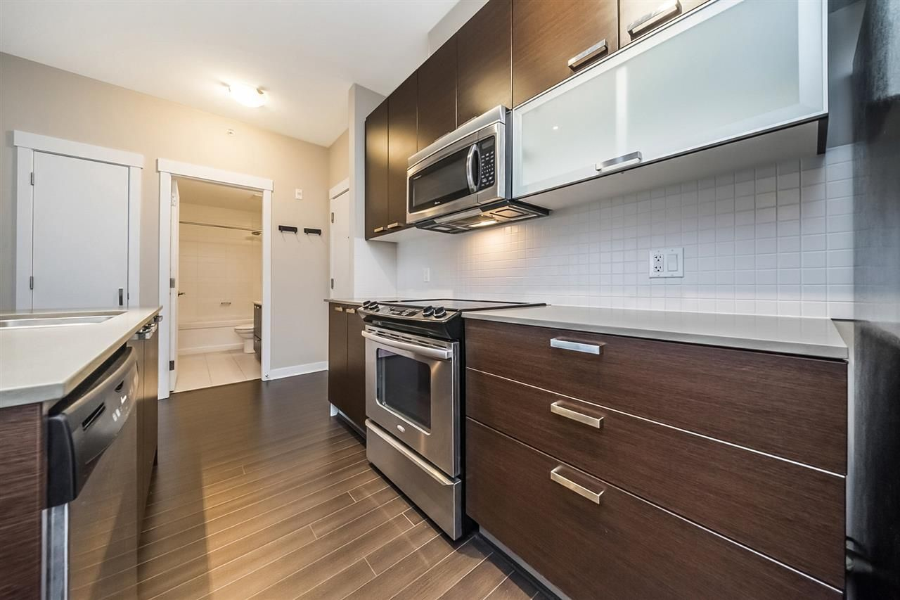 Photo 6: Photos: 451 6758 188 STREET in Surrey: Clayton Condo for sale (Cloverdale)  : MLS®# R2408833