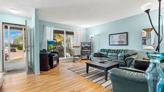 Photo 7: 31 WARWICK Road in Edmonton: Zone 27 House Half Duplex for sale : MLS®# E4259252