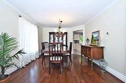 Photo 5: 174 Waratah Avenue in Newmarket: Huron Heights-Leslie Valley House (2-Storey) for sale : MLS®# N4527320