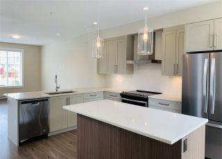 "Photo 6: 6 20498 82 Avenue in Langley: Willoughby Heights Townhouse for sale in ""Gabriola Park"" : MLS®# R2535365"