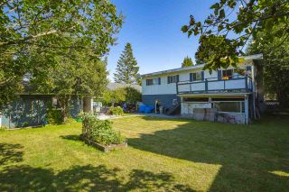 Photo 3: 15815 THRIFT Avenue: White Rock House for sale (South Surrey White Rock)  : MLS®# R2480910