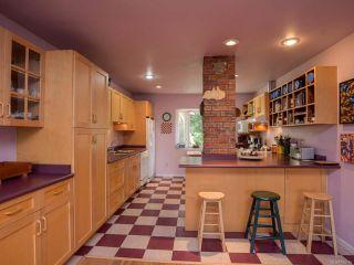Photo 2: 1751 BEAUFORT Avenue in COMOX: CV Comox (Town of) House for sale (Comox Valley)  : MLS®# 796785