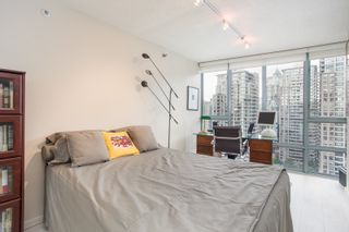 """Photo 8: 2205 930 CAMBIE Street in Vancouver: Yaletown Condo for sale in """"Pacific Place Landmark II"""" (Vancouver West)  : MLS®# R2394764"""