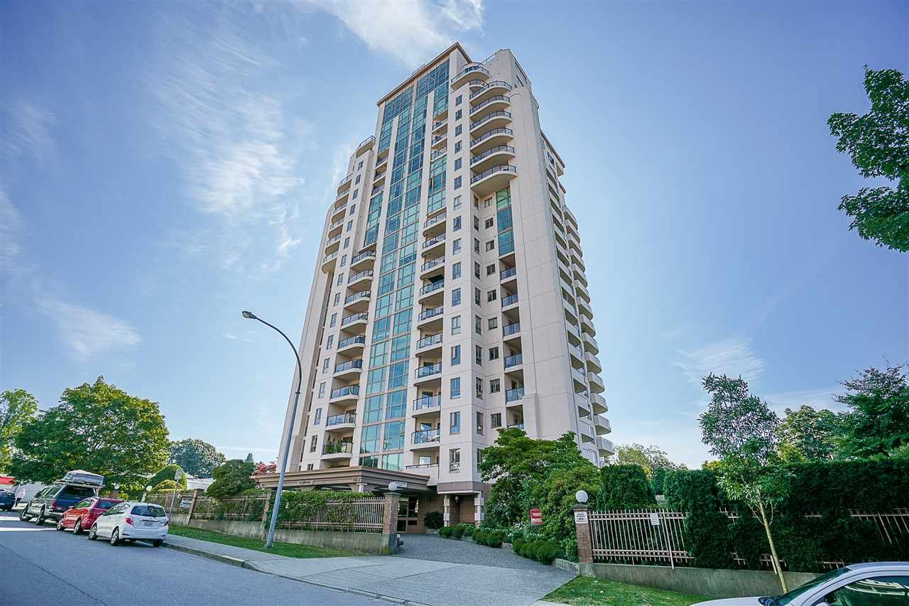 """Main Photo: 405 612 FIFTH Avenue in New Westminster: Uptown NW Condo for sale in """"The Fifth Avenue"""" : MLS®# R2435364"""