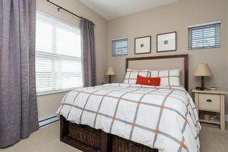 """Photo 13: 407 20630 DOUGLAS Crescent in Langley: Langley City Condo for sale in """"BLU"""" : MLS®# R2049078"""