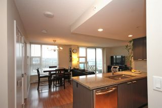"""Photo 8: 2502 2232 DOUGLAS Road in Burnaby: Brentwood Park Condo for sale in """"AFFINITY"""" (Burnaby North)  : MLS®# R2019095"""