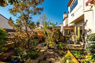 """Photo 2: 21 230 W 14TH Street in North Vancouver: Central Lonsdale Townhouse for sale in """"CUSTER PLACE"""" : MLS®# R2159000"""