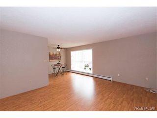 Photo 11: 109 3225 Eldon Pl in VICTORIA: SW Rudd Park Condo for sale (Saanich West)  : MLS®# 753127