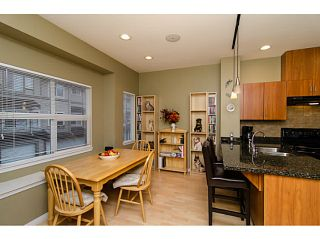 """Photo 6: 71 1055 RIVERWOOD Gate in Port Coquitlam: Riverwood Townhouse for sale in """"MOUNTAIN VIEW ESTATES"""" : MLS®# V999954"""