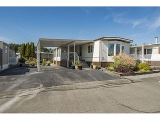 """Photo 1: 157 27111 0 Avenue in Langley: Aldergrove Langley Manufactured Home for sale in """"Pioneer Park"""" : MLS®# R2597222"""