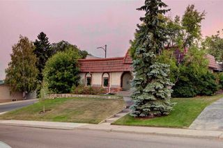Photo 6: 23 CORNWALLIS Drive NW in Calgary: Cambrian Heights House for sale : MLS®# C4136794
