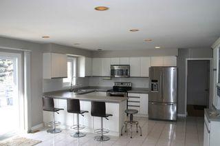 Photo 4: 19 Kingsland Avenue in Mulmur: Rural Mulmur House (Bungalow) for sale : MLS®# X4376322