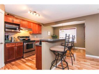 Photo 6: 216 ROYAL ELM Road NW in Calgary: Royal Oak House for sale : MLS®# C4054216