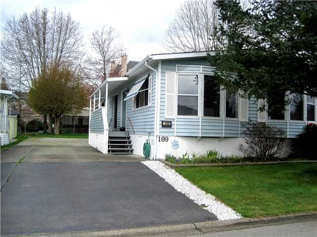 """Main Photo: 109 145 KING EDWARD Street in Coquitlam: Maillardville Manufactured Home for sale in """"MILL CREEK VILLAGE"""" : MLS®# V999995"""