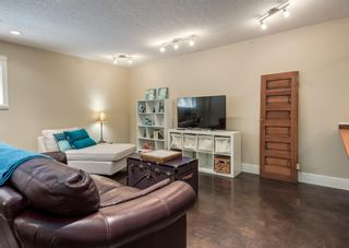 Photo 37: 714 25 Avenue NW in Calgary: Mount Pleasant Semi Detached for sale : MLS®# A1121933