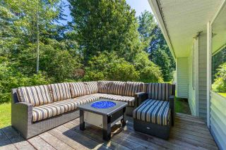 "Photo 10: 1524 CYPRESS Way in Gibsons: Gibsons & Area House for sale in ""WOODCREEK PARK"" (Sunshine Coast)  : MLS®# R2094011"