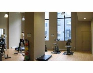 """Photo 4: 903 928 HOMER Street in Vancouver: Downtown VW Condo for sale in """"YALETOWNPARK TOWER 1"""" (Vancouver West)  : MLS®# V718427"""