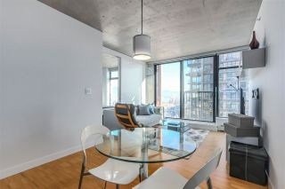 Photo 1: 2905 128 W CORDOVA STREET in Vancouver: Downtown VW Condo for sale (Vancouver West)  : MLS®# R2332522