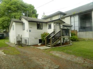 Photo 2: 33803 MAYFAIR Avenue in Abbotsford: Central Abbotsford House for sale : MLS®# R2462341