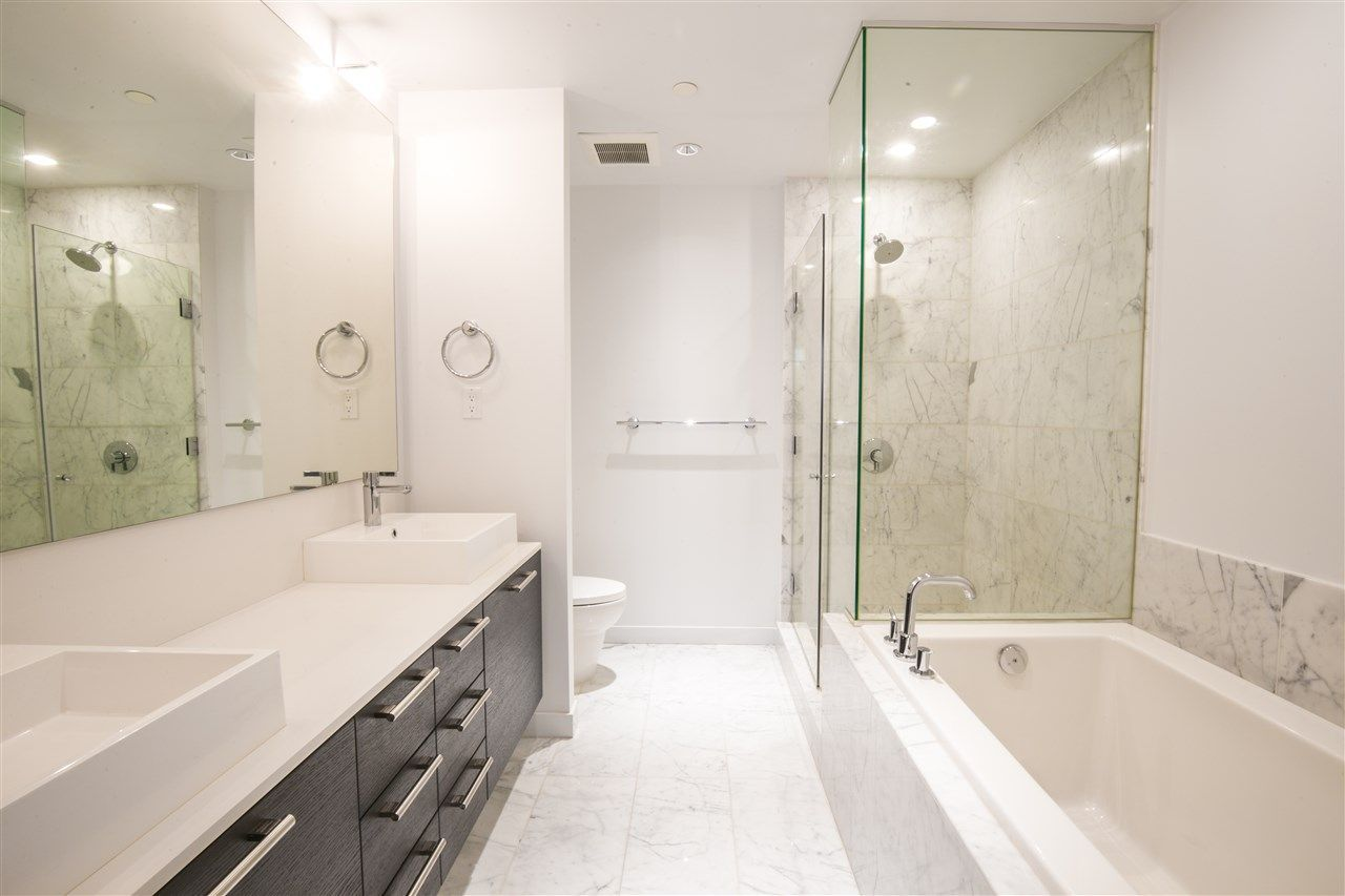 """Photo 12: Photos: 1102 5171 BRIGHOUSE Way in Richmond: Brighouse Condo for sale in """"ONE RIVER GREEN"""" : MLS®# R2239080"""