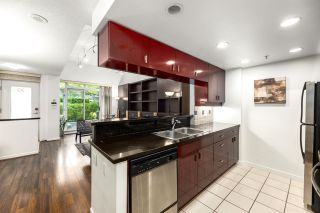 Photo 9: 2G 1067 MARINASIDE Crescent in Vancouver: Yaletown Townhouse for sale (Vancouver West)  : MLS®# R2590962