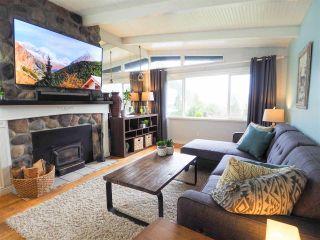 """Photo 6: 624 LOWER Crescent in Squamish: Britannia Beach House for sale in """"Britannia Beach Estates"""" : MLS®# R2471815"""