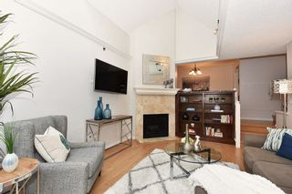 """Photo 3: 310 910 W 8TH Avenue in Vancouver: Fairview VW Condo for sale in """"FAIRVIEW"""" (Vancouver West)  : MLS®# R2120251"""