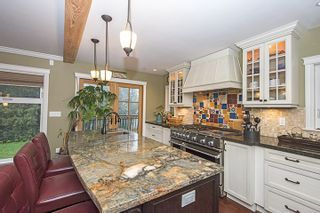 Photo 9: 1373 CHINE CRESCENT in Coquitlam: Harbour Chines House for sale : MLS®# R2034984