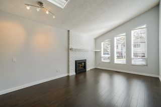 Photo 3: 1893 BLUFF Way in Coquitlam: River Springs House for sale : MLS®# R2352672