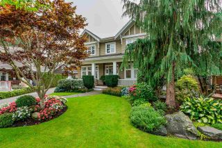 """Photo 1: 2411 125 Street in Surrey: Crescent Bch Ocean Pk. House for sale in """"CRESCENT HEIGHTS"""" (South Surrey White Rock)  : MLS®# R2499568"""