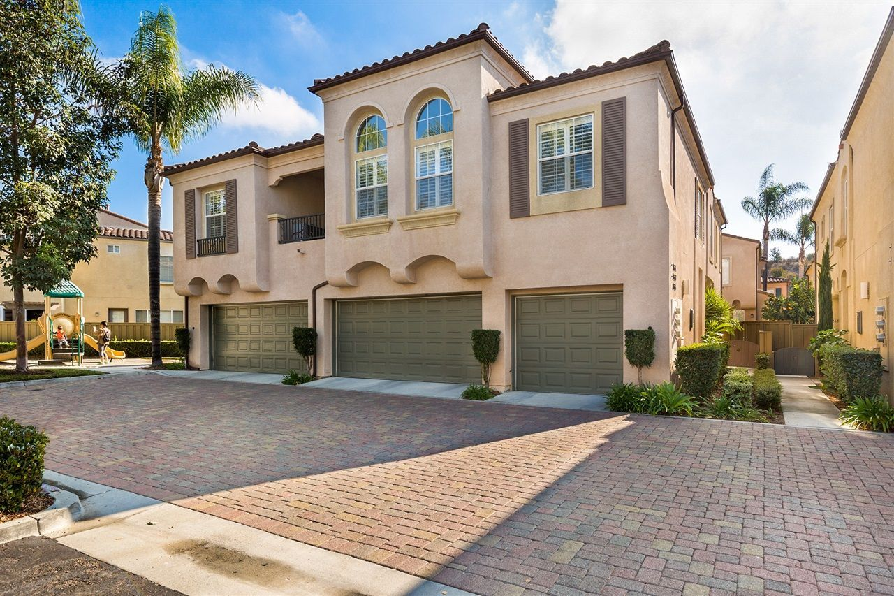 Main Photo: SCRIPPS RANCH Townhouse for sale : 2 bedrooms : 11661 Miro Cir in San Diego