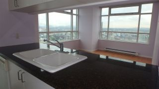 """Photo 5: 2907 438 SEYMOUR Street in Vancouver: Downtown VW Condo for sale in """"CONFERENCE PLAZA"""" (Vancouver West)  : MLS®# R2126609"""