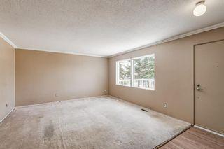 Photo 2: 452 Malvern Close NE in Calgary: Marlborough Park Detached for sale : MLS®# A1111639