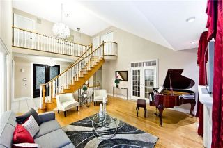 Photo 2: 2 Links Lane in Brampton: Credit Valley House (2-Storey) for sale : MLS®# W4169690