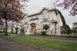 """Main Photo: 1538 E 51ST Avenue in Vancouver: Knight House for sale in """"KNIGHT"""" (Vancouver East)  : MLS®# R2571976"""