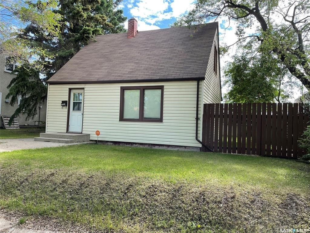 Main Photo: 1562 99th Street in North Battleford: Residential for sale : MLS®# SK859112