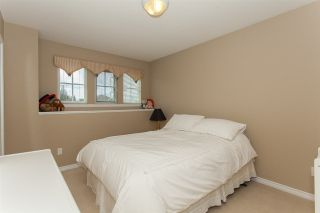 "Photo 17: 6252 167A Street in Surrey: Cloverdale BC House for sale in ""Clover Ridge"" (Cloverdale)  : MLS®# R2255428"