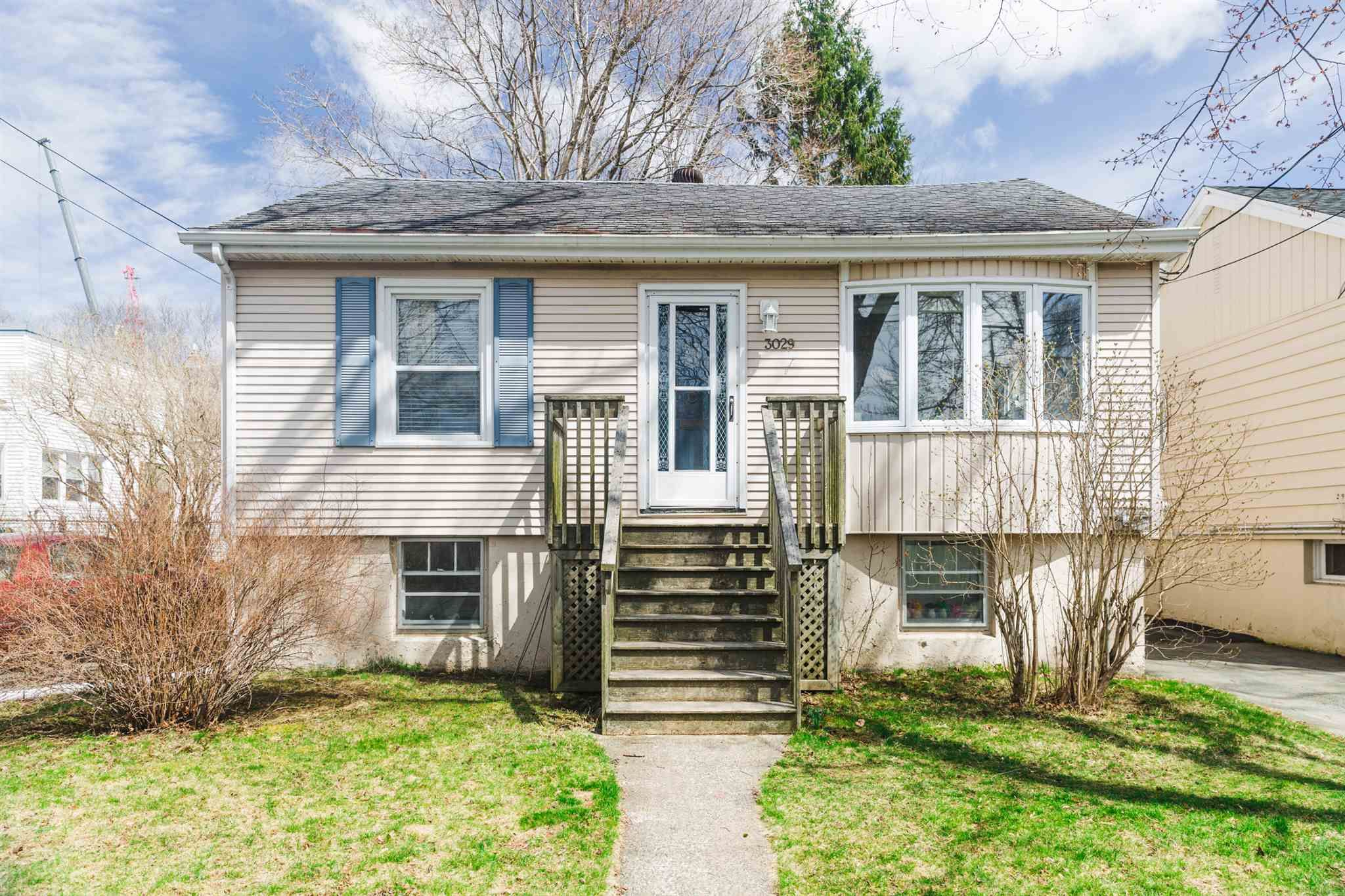 Main Photo: 3027/29 Connolly Street in Halifax Peninsula: 4-Halifax West Multi-Family for sale (Halifax-Dartmouth)  : MLS®# 202109475