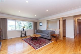 Photo 4: 2310 Tanner Rd in VICTORIA: CS Tanner House for sale (Central Saanich)  : MLS®# 768369