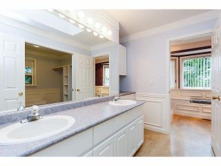 Photo 14: 15686 90A Avenue in Surrey: Fleetwood Tynehead House for sale : MLS®# F1411061