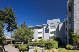 Photo 30: 2201 2829 Arbutus Rd in : SE Ten Mile Point Condo for sale (Saanich East)  : MLS®# 886792