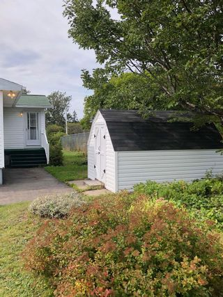 Photo 5: 8 Hickman Street in Glace Bay: 203-Glace Bay Residential for sale (Cape Breton)  : MLS®# 202122345