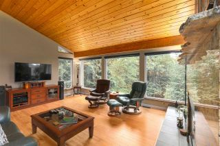 Photo 6: 4717 MOUNTAIN Highway in North Vancouver: Lynn Valley House for sale : MLS®# R2406230