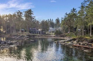 Photo 4: 512 BAYVIEW Drive: Mayne Island House for sale (Islands-Van. & Gulf)  : MLS®# R2541178