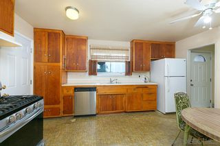 Photo 3: CHULA VISTA House for sale : 3 bedrooms : 826 David Dr.