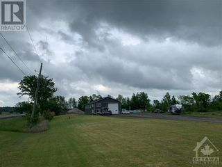 Photo 3: 6155 COUNTY RD 17 ROAD in Plantagenet: Industrial for sale : MLS®# 1246135