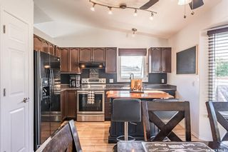 Photo 10: 203 Carter Crescent in Saskatoon: Confederation Park Residential for sale : MLS®# SK870496